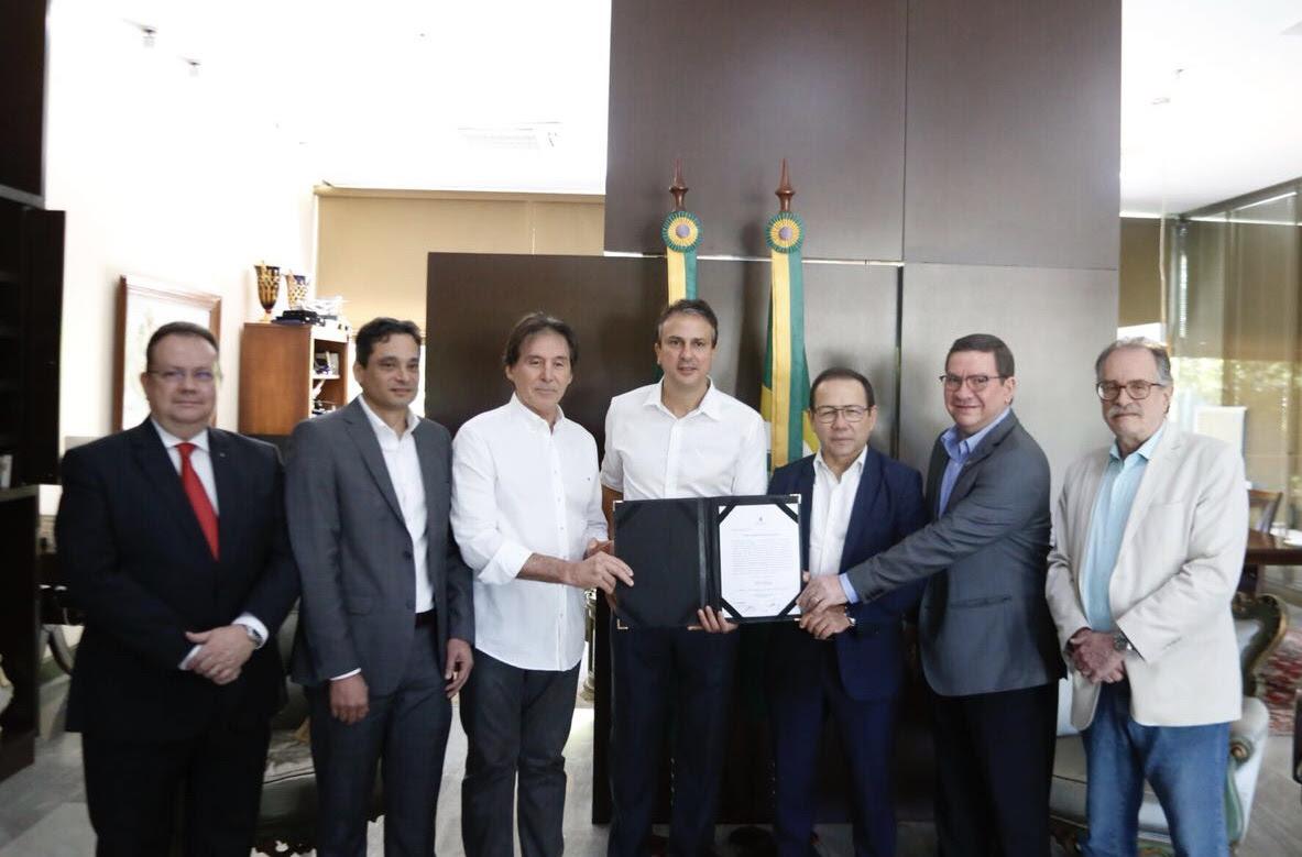 59f87193e2d33 Eunício e Camilo garantem R  673 milhões para retomada da Linha Leste do  Metrofor