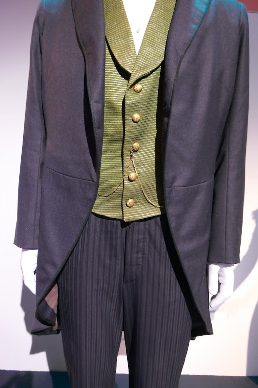 Oscar Diggs Oz Great and Powerful costume detail