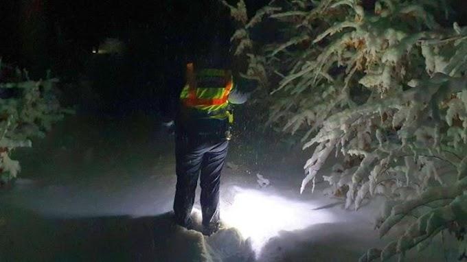 A kihűléstől mentettek meg egy eltévedt nőt a rendőrök Gyöngyösön - már félig belepte a hó