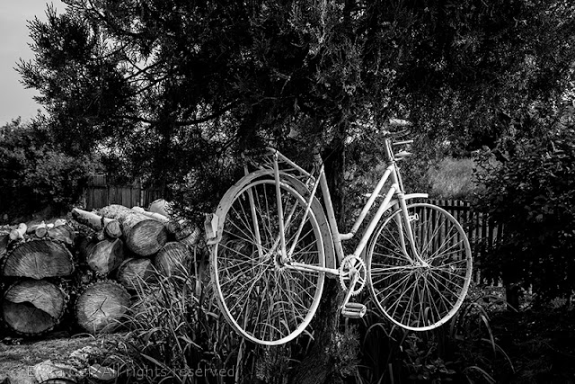 Novo selo bicicletta appesa Bosnia