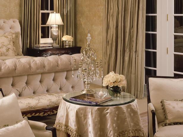 Modern Furniture: Romantic Bedroom