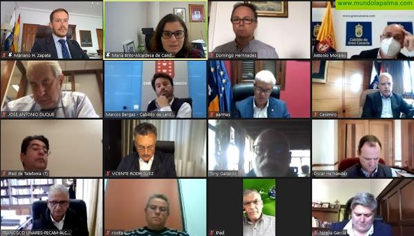 Cabildos y ayuntamientos suman sus fuerzas para reclamar al Gobierno regional los 160 millones de euros de FDCAN