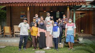 Foto bersama mas Bagus dan teman-teman Kompasianer Jogja