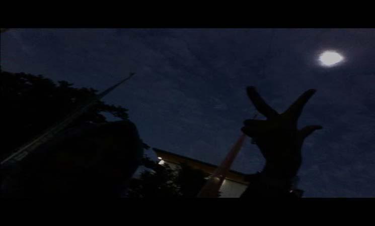 Foto Selfie yang Unik dan Langkah itu Saat Terjadi Gerhana Matahari