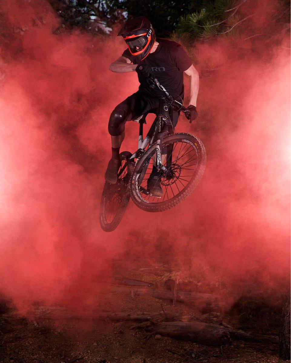 Sport Photography: Use Colored Smoke Bombs - Blog