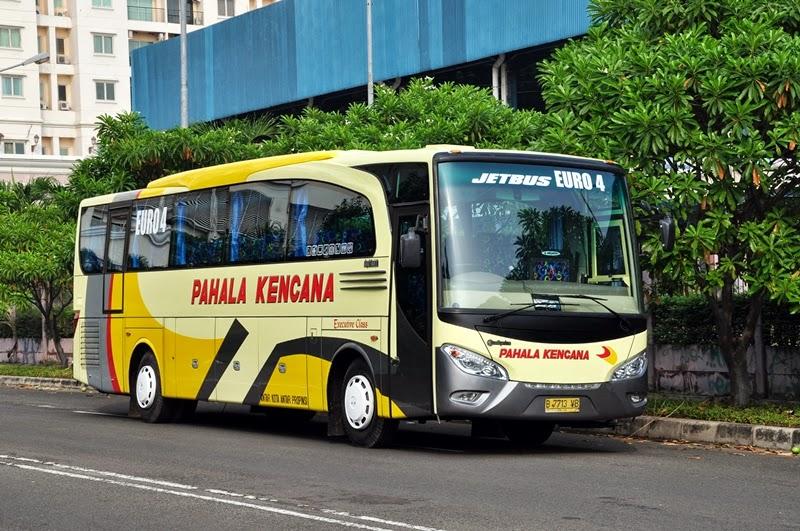 Gambar Foto Bus Pahala Kencana