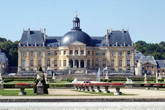 Ailleurs : Château de Vaux-le-Vicomte, splendeur architecturale du Grand Siècle, source d'inspiration de Versailles