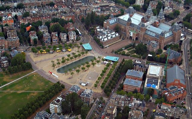 Região das Praças dos Museus em Amsterdã
