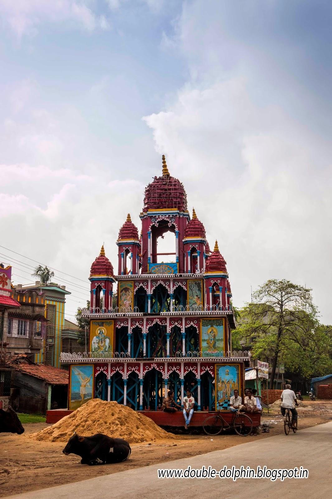 The Concrete Paparazzi: The Jagannath Temple of Mahesh