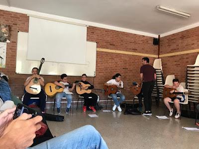 Guitarra. Colegio Maria Auxiliadora.Zaragoza