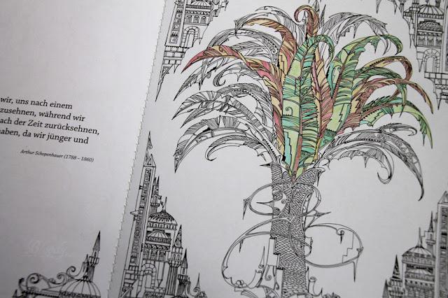Inseln der Stille - ein Ausmalbuch für Erwachsene mit floralen Motiven (hier eine ausgemalte Palme)
