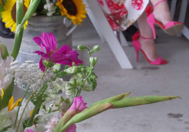 sexy pink shoes and summer flowers
