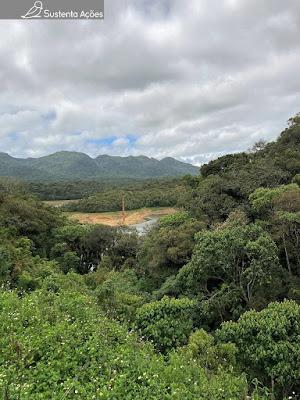 Represa Caiguava no trajeto de trem entre Curitiba e Morretes