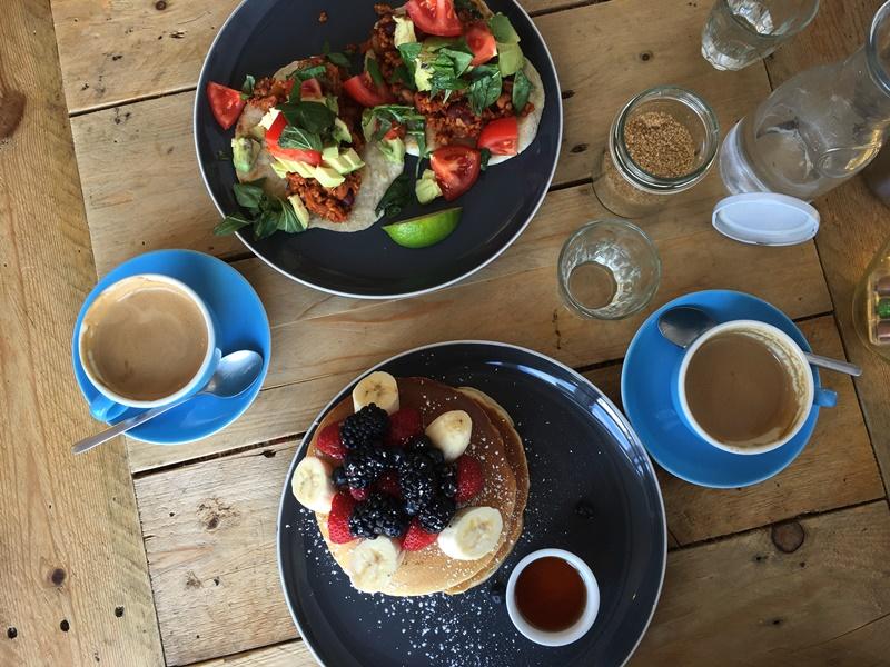 food, brunch, vegan, vegan eats, veggie, vegetarian, brighton, uk, restaurant