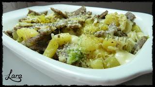 http://cucinaconlara.blogspot.it/2016/09/pizzoccheri.html