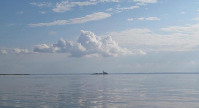 на озере Кубенском