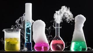 contoh reaksi kimia yang menghasilkan perubahan suhu