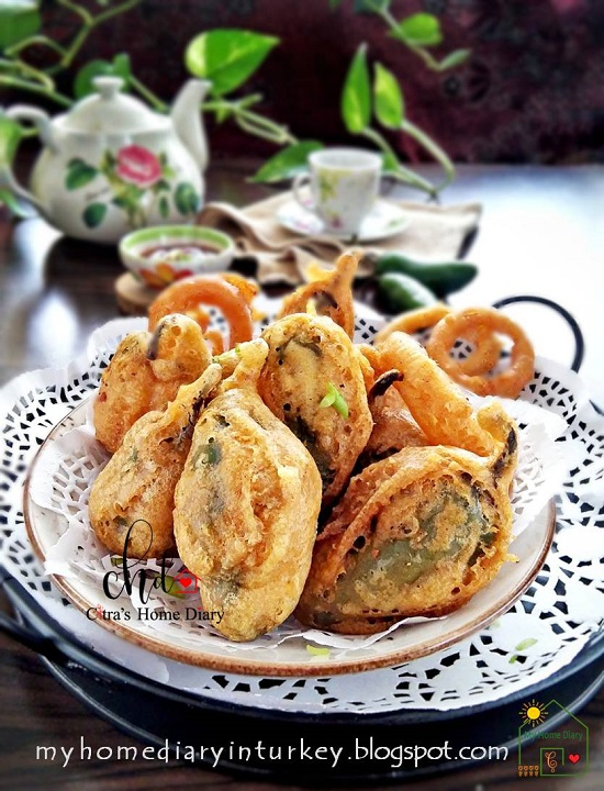 Asian Style Stuffed Pepper Recipe / Cabe Hijau (jalapeno pepper) isi daging dan udang   Çitra's Home Diary. #stuffedjalapeno #asianfoodphotography #asianfoodrecipe #stuffedpepper #pepperdumpling #cabehijauisi #resepsedap #asyabiberdolması #shrimpdumpling