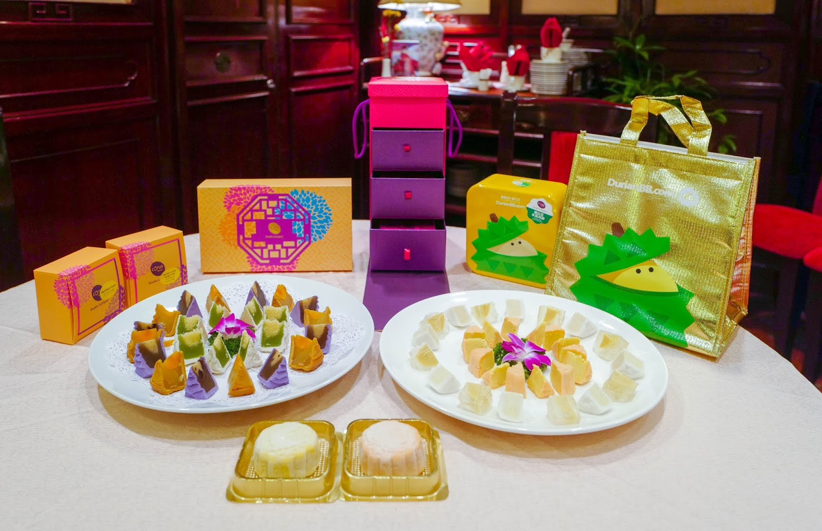 New Mooncakes, 2019: Ming Palace, Corus Hotel Kuala Lumpur