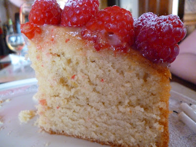 Lemon madeira cake Recipe with Raspberries