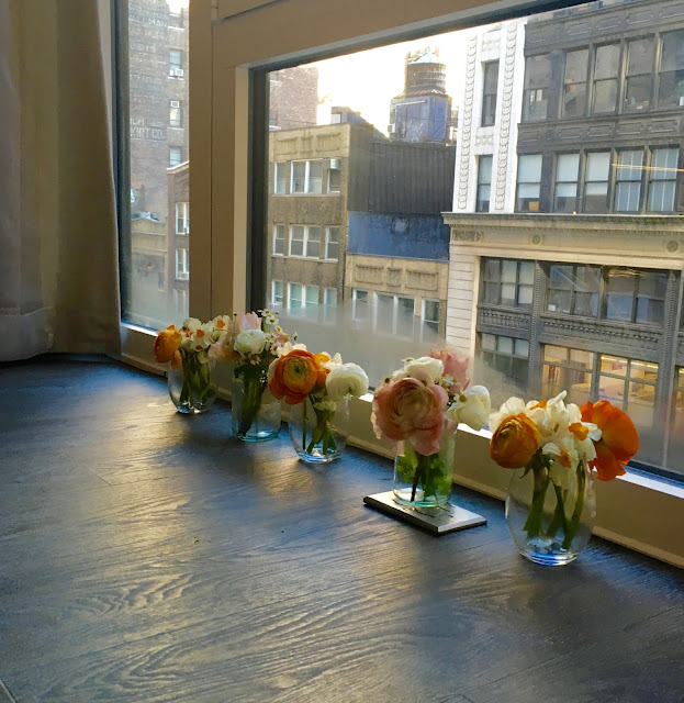 Wedding Flowers in Manhattan by Laura Lewis