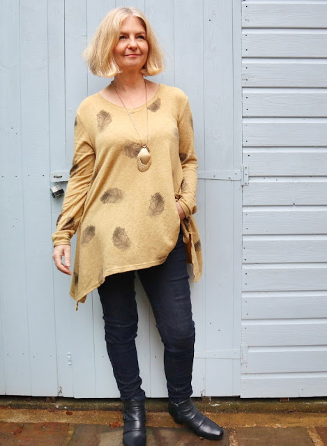 image showing made in italy sephora leaf top Tina Bucknall Fashion