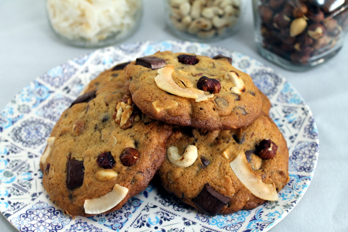 Cookies americanas de chocolate y frutos secos