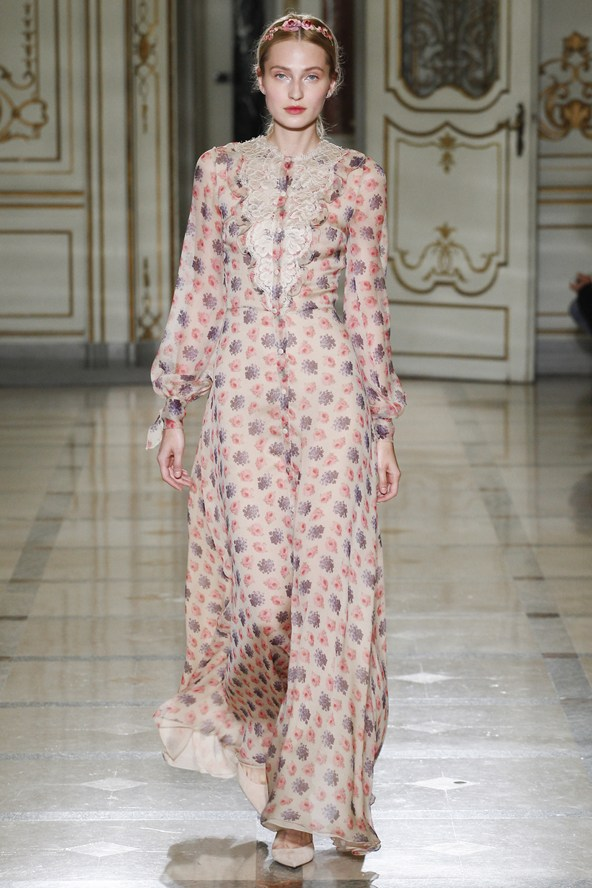 Luisa Beccaria at Milan Fashion Week Spring 2016