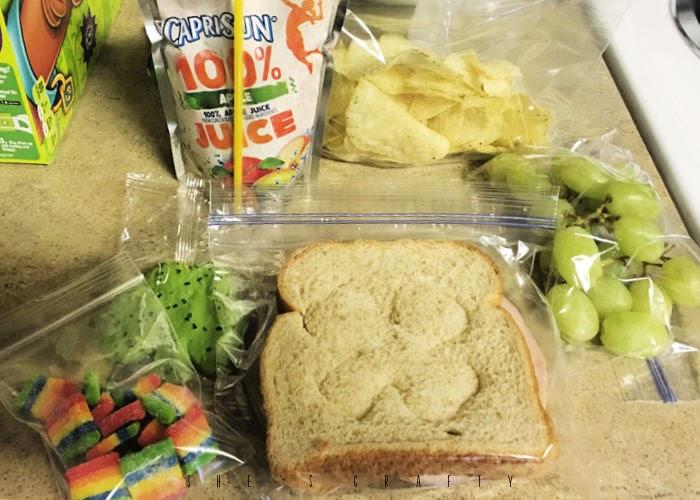 St Patrick's Day Lunch Ideas - shamrock sandwich, juice, green grapes