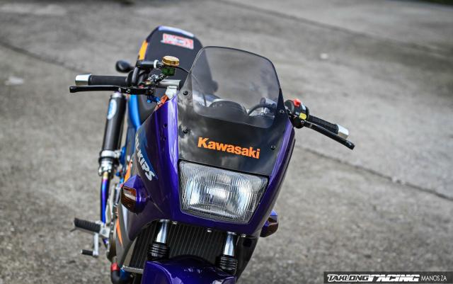 kawasaki-kips-150-do-tuong-mang-phong-cach-duong-dua