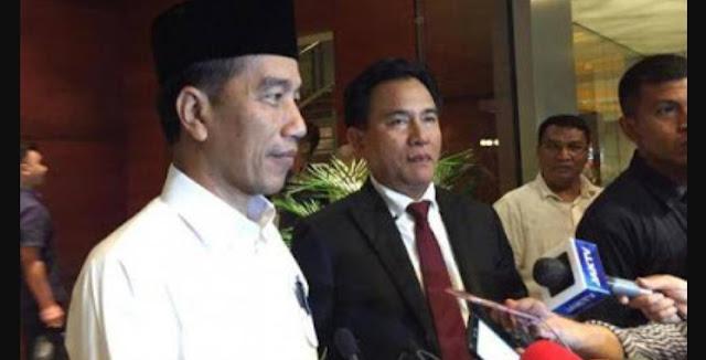 Jokowi Dimentori Yusril Mantapkan Persiapan Debat Perdana