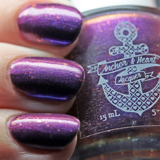 Anchor & Heart Lacquer Shake It, Nudibranch