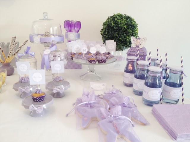 décoration de table d'anniversaire pour fille violet