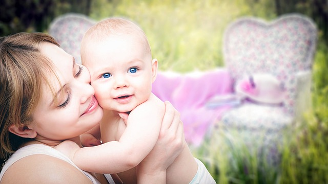 Simple Ways To Enjoy Motherhood More : Living In The Moments