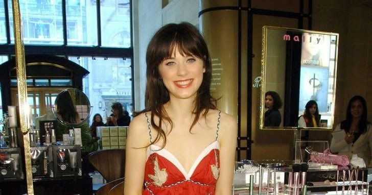 Zooey Deschanel in green pantyhose red dress My Passions 98 205b10a95