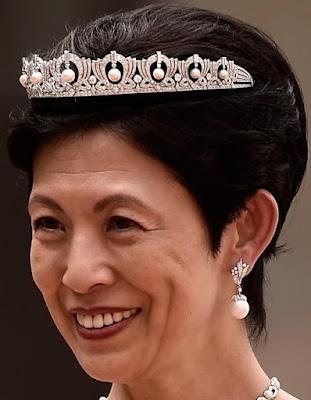 mikasa pearl drop tiara japan princess yuriko hisako takamado diamond