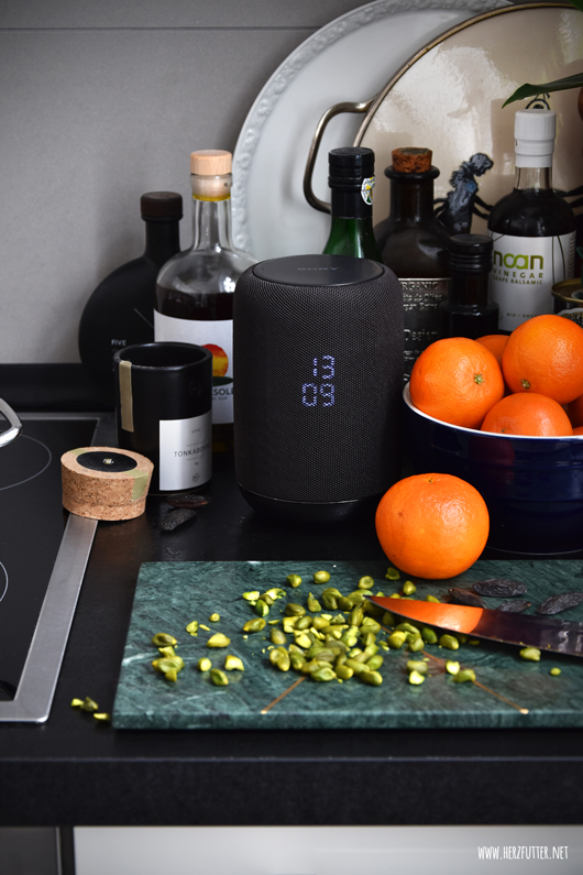 Sony Smart Speaker Test mit Last Minute Pralinen