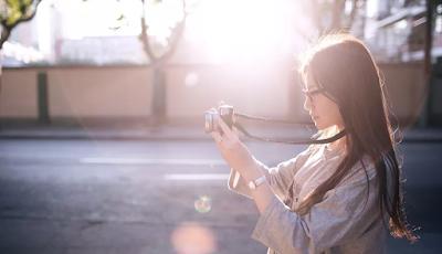 Fordeler og ulemper med film og digitale kameraer