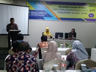 Kasubbag TU BPS Kabupaten Muaro Jambi Buka Pelatihan Calon Petugas Susenas Maret 2019 Gelombang I.