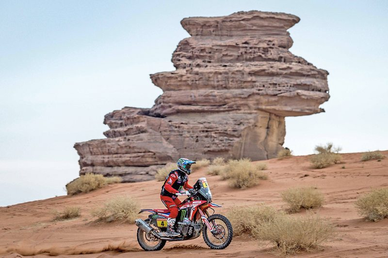 El motociclista iquiqueño lideraba la carrera, con 11 minutos de ventaja, a dos etapas del final