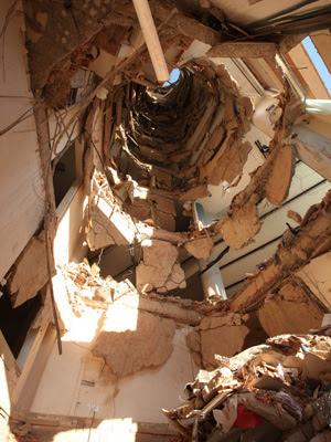 O que a mídia não mostra: O misterioso buraco em prédio de São Bernardo do Campo