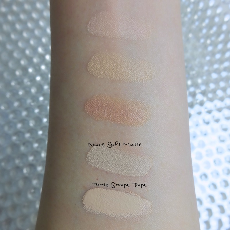 Canmake Color Mixing Concealer 01 Light Beige swatch