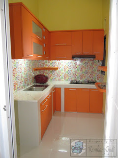 Kitchen Set Minimalis Warna Oranye + Furniture Semarang (Kitchen Set)