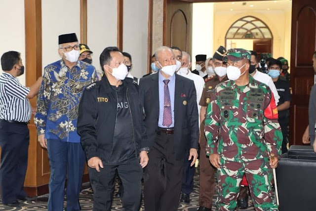 Pangdam IM Hadiri Pelantikan Gubernur Aceh Nova Iriansyah di Gedung DPRA