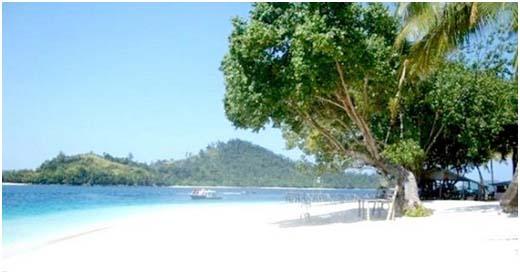 Menikmati Pesona Wisata Pantai di Anyer