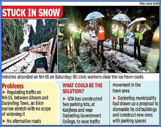 Vehicles stuck in snow in Darjeeling