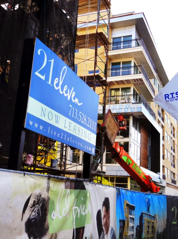 21eleven Westheimer - New Apartment Construction Leasing Sign