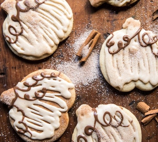 Cinnamon Spiced Sugar Cookies with Browned Butter Frosting #desserts #pumpkin