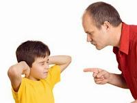 anak dimarahi ayah