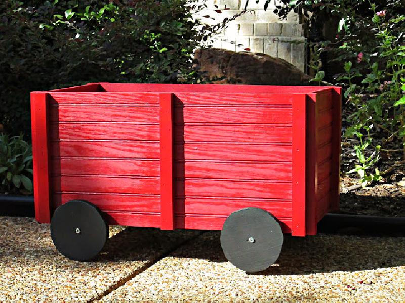 holiday-fall-winter-Christmas-Wagon-craft